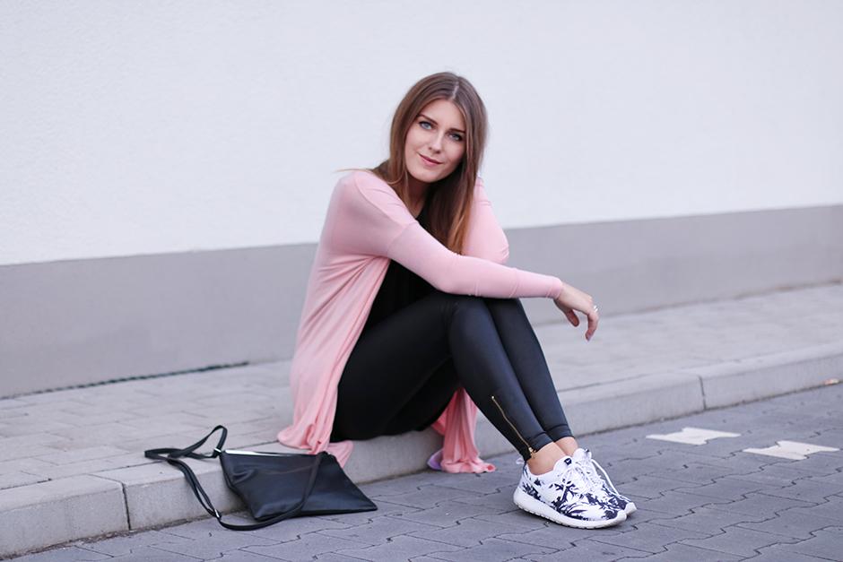 Pink_Long_Cardigan_3