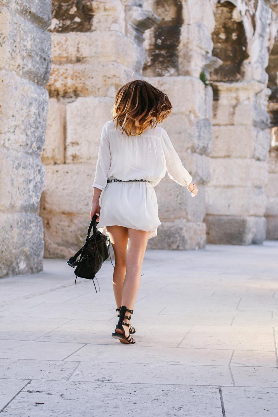 White_Dress_Amphitheater_Pula_1