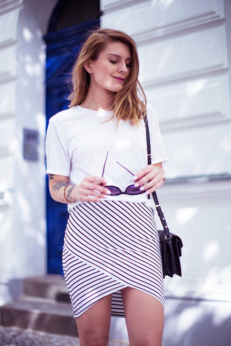 Striped_Skirt_1