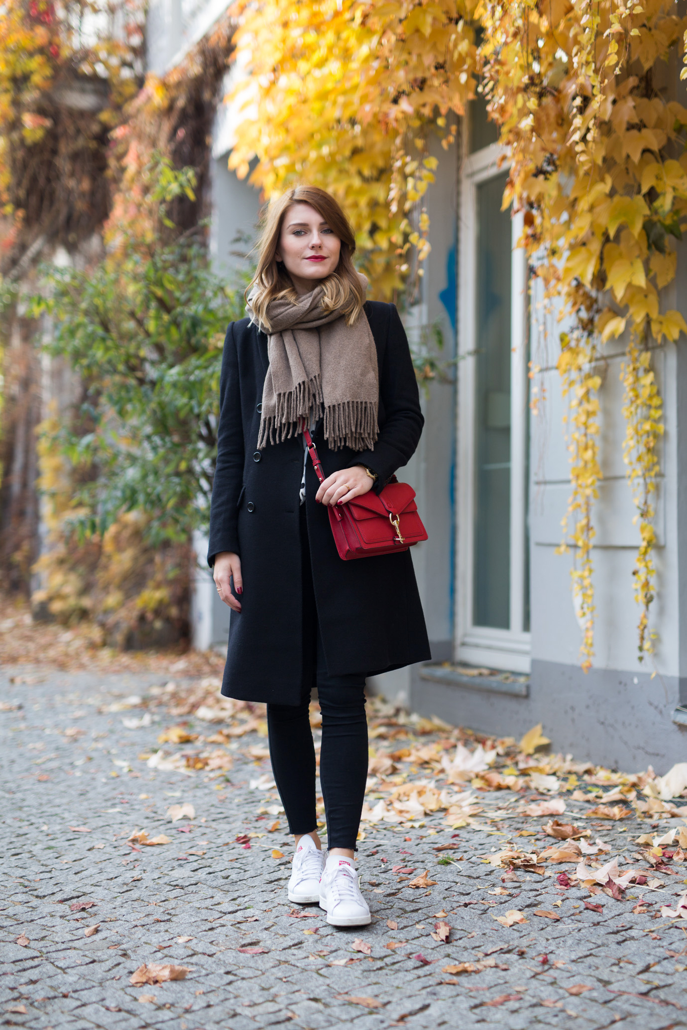 casual fall uniform hoard of trends personal style fashion blog modeblog aus berlin. Black Bedroom Furniture Sets. Home Design Ideas