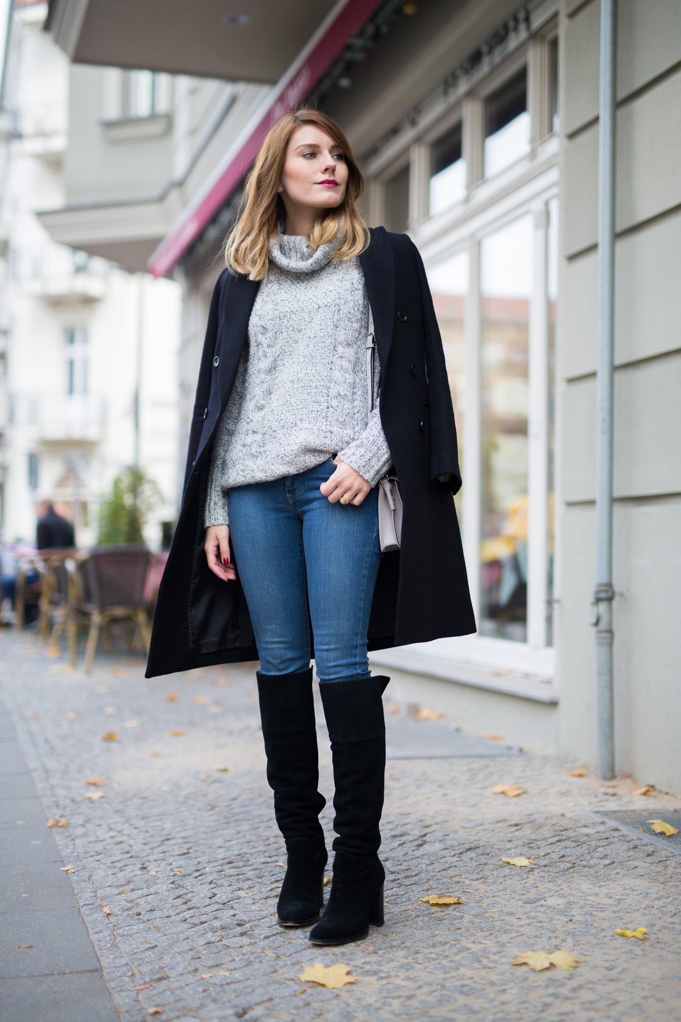 black_and_grey_Outfit_1