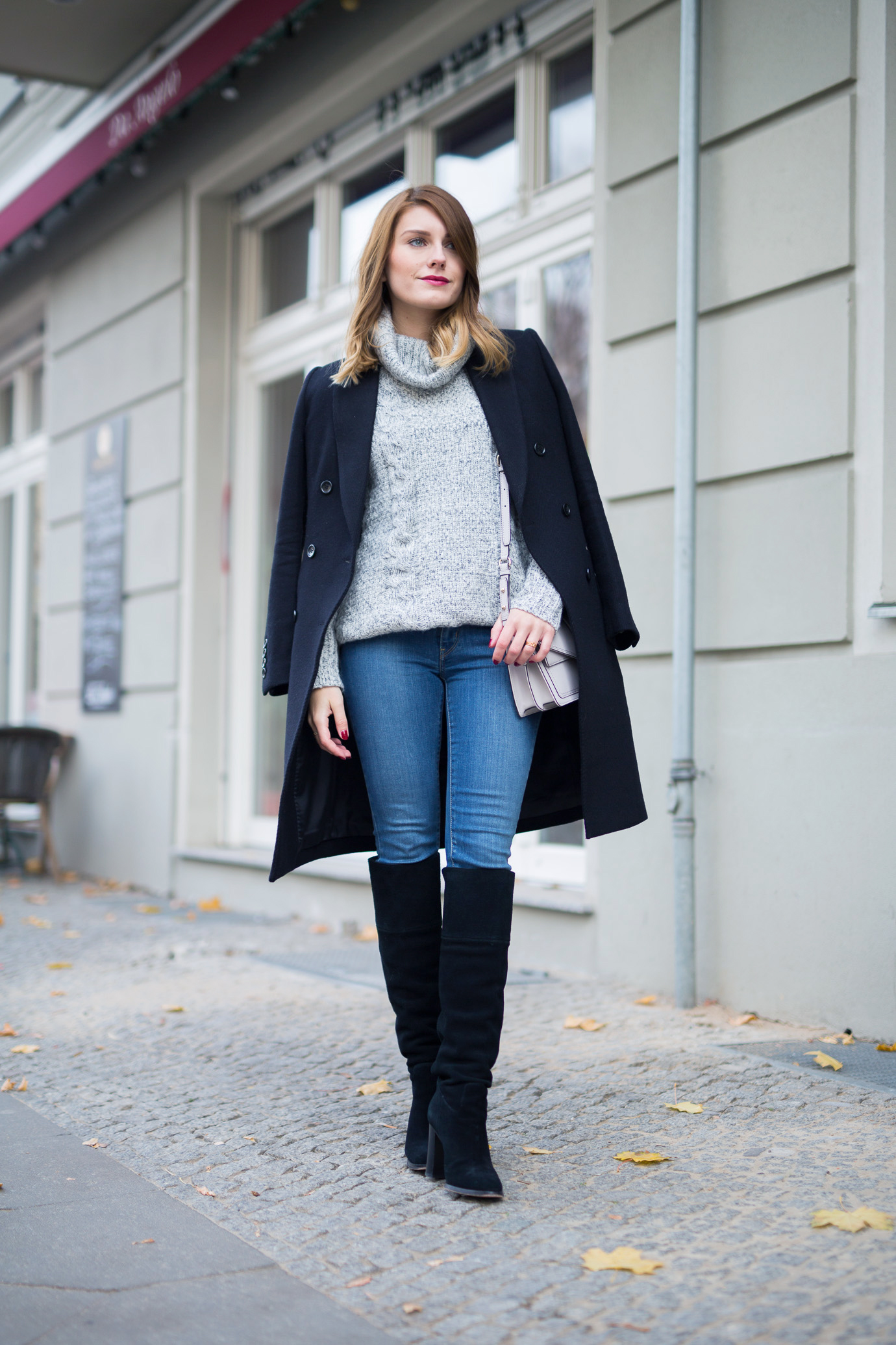 black_and_grey_Outfit_6