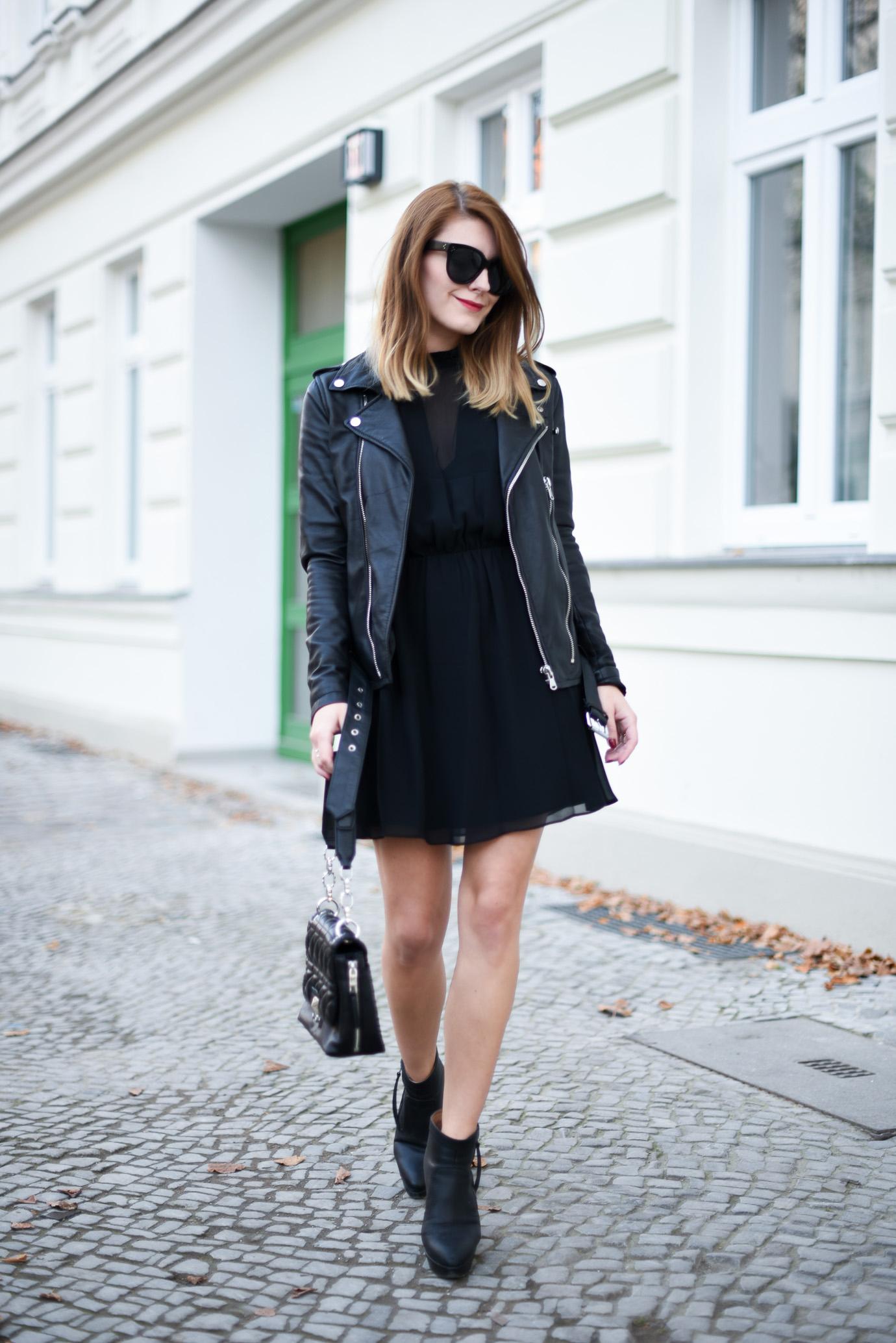 All_Black_Dress_1