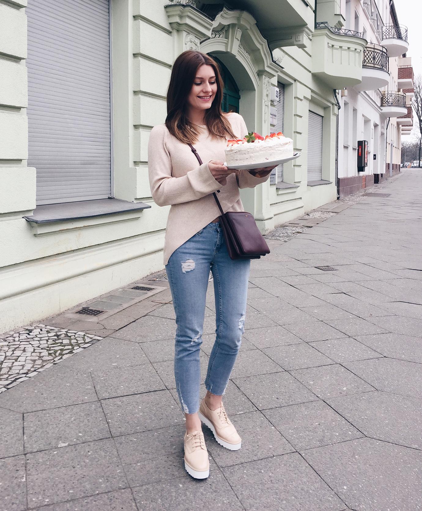 7things_11_cake
