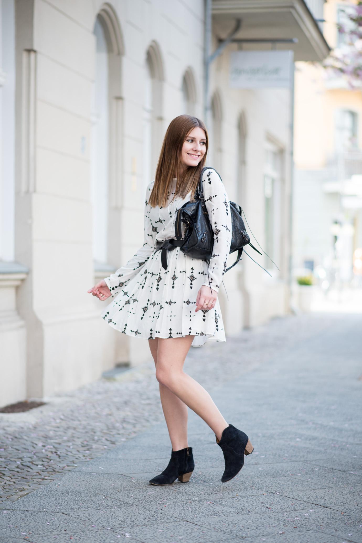 Spring_has_Sprung_IKKS_Dress_3