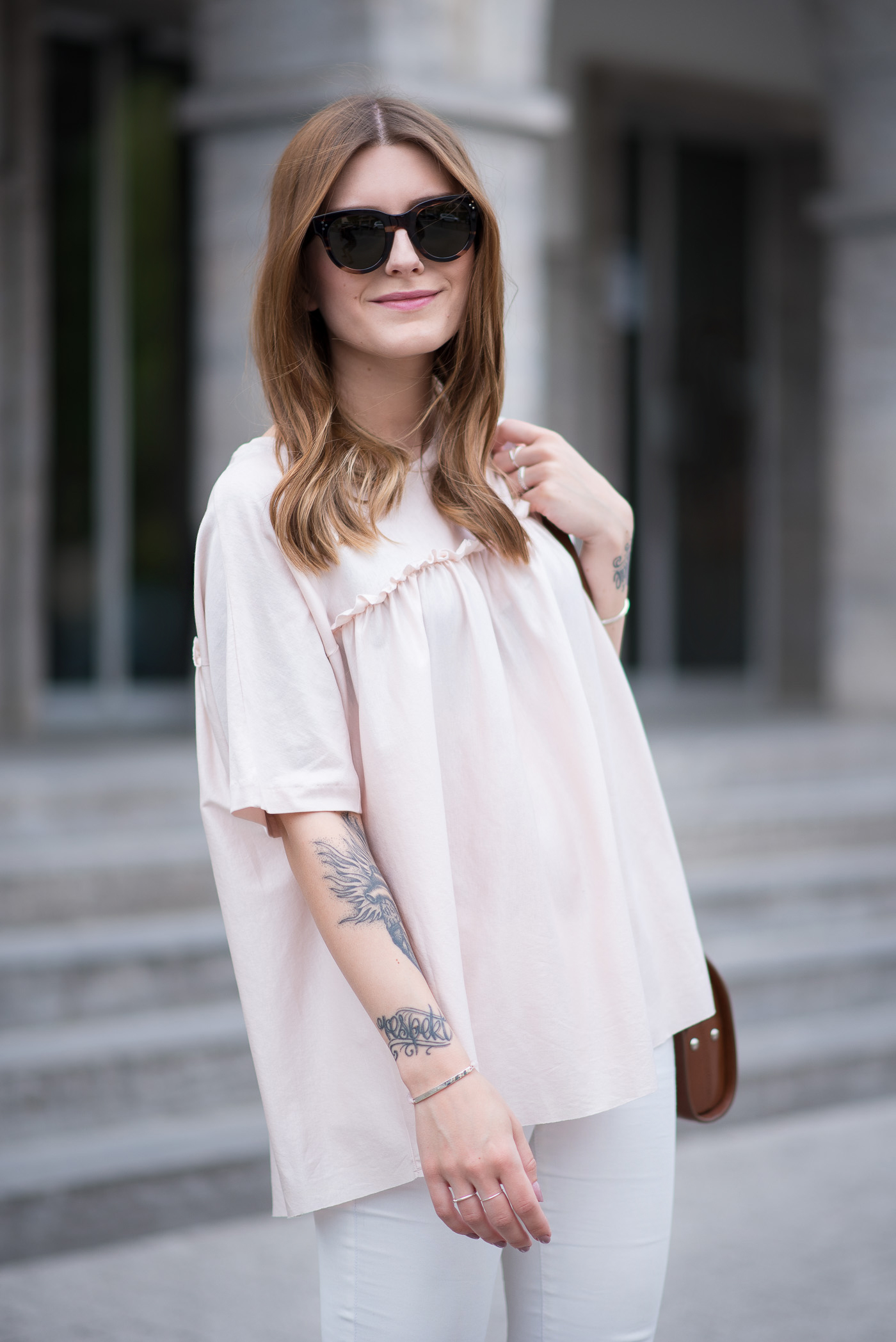 all_white_and_pink_mules_2
