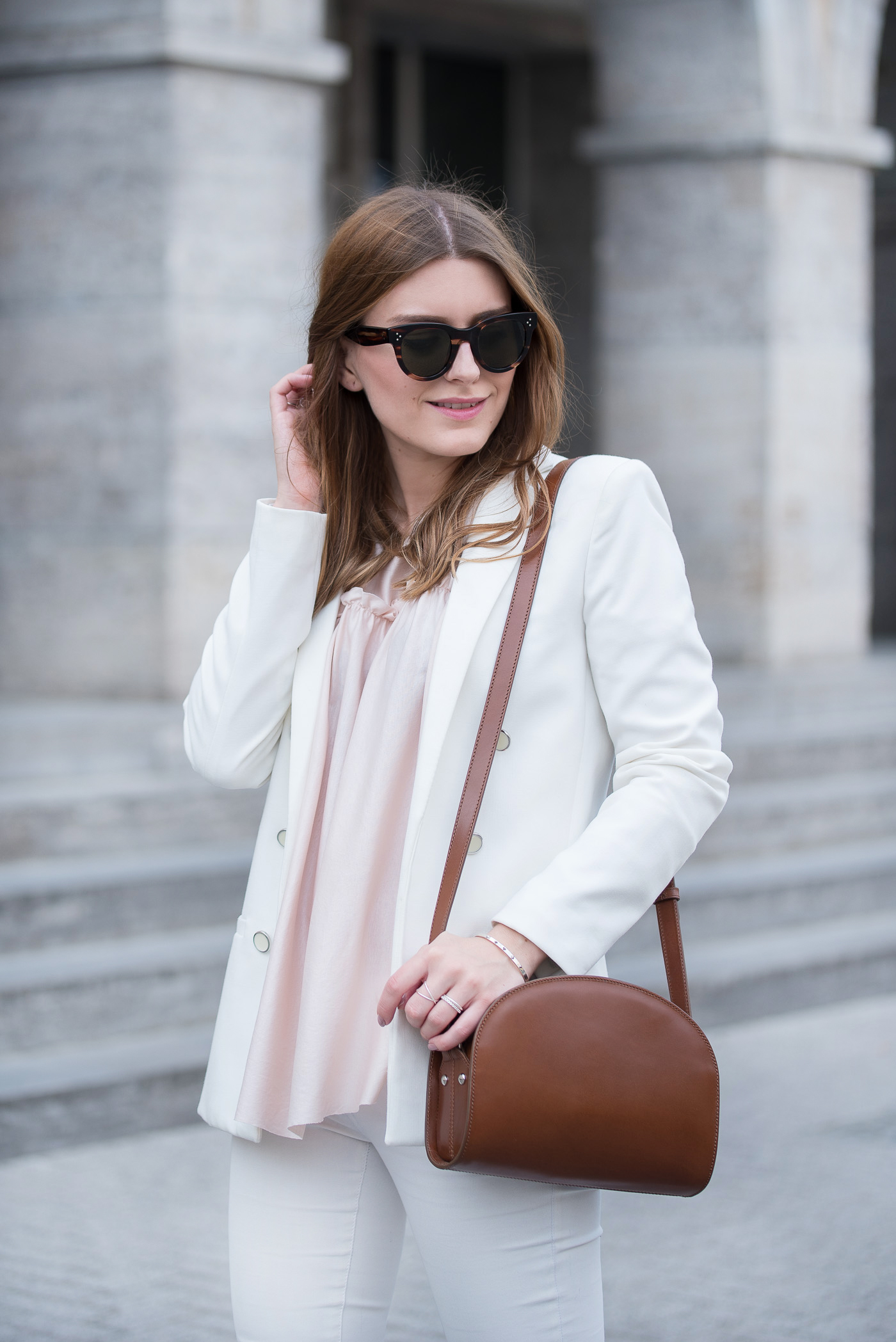 all_white_and_pink_mules_5