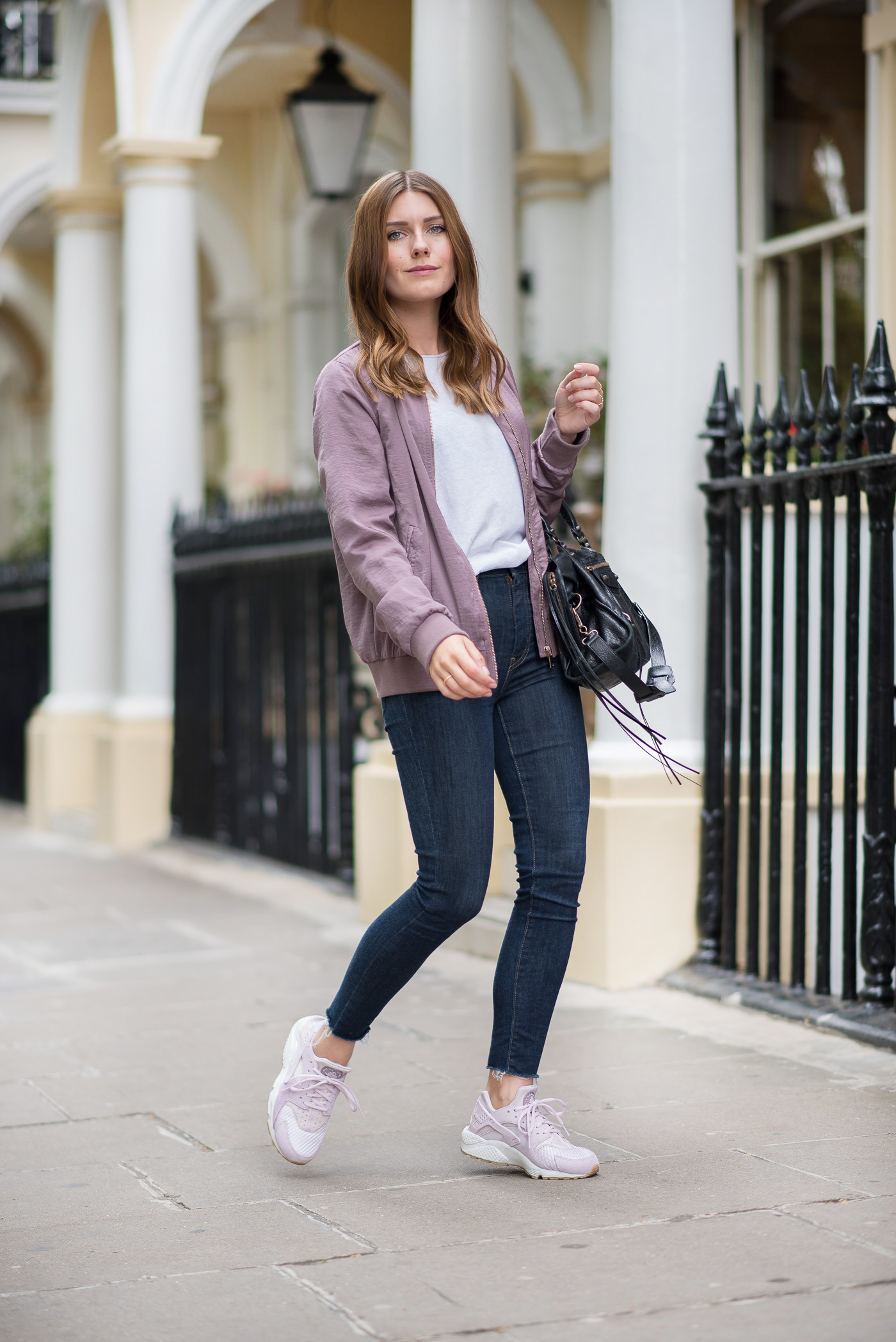comfy_outfit_bomber_jacket_london_7