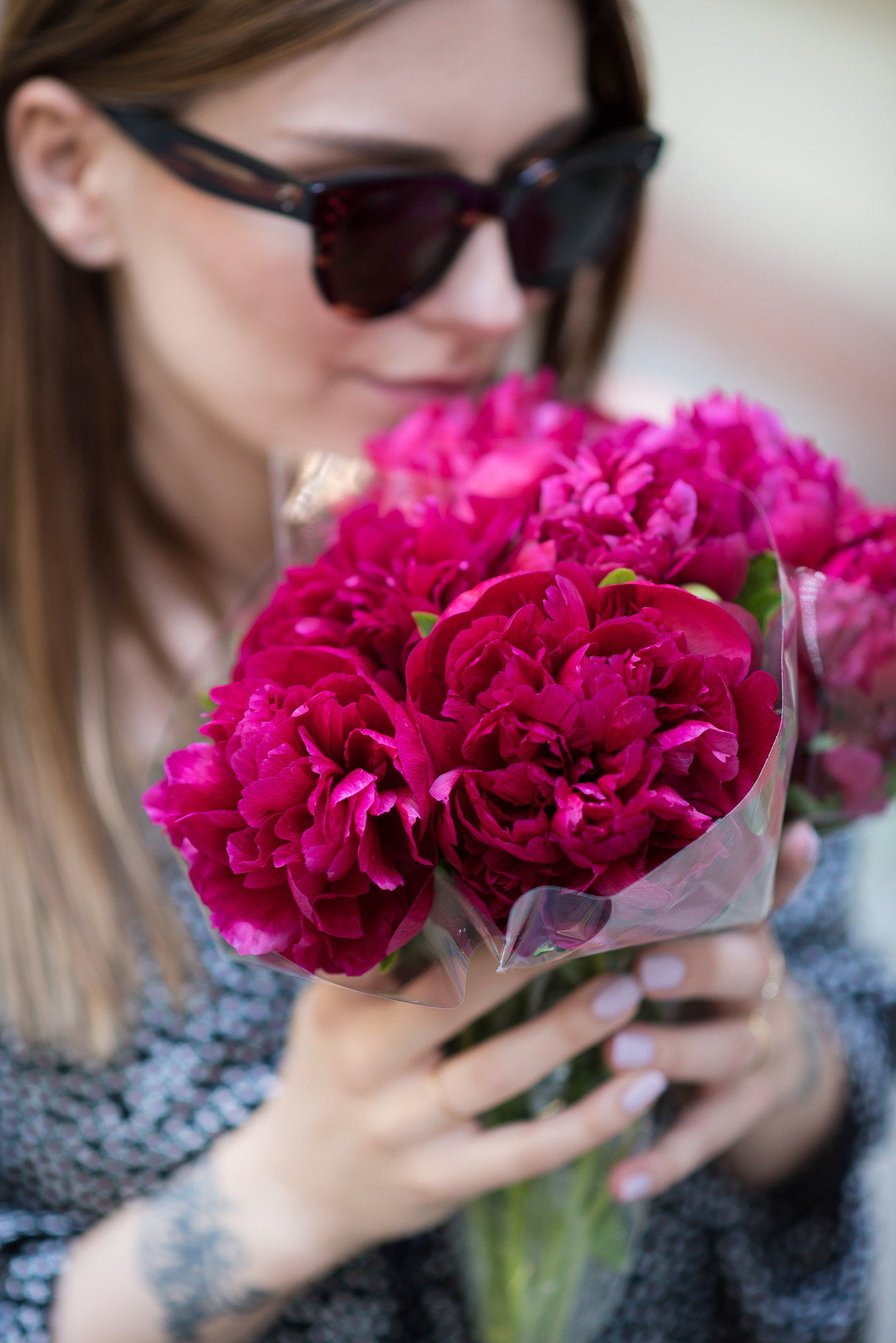 happiness_peonies_outfit_3