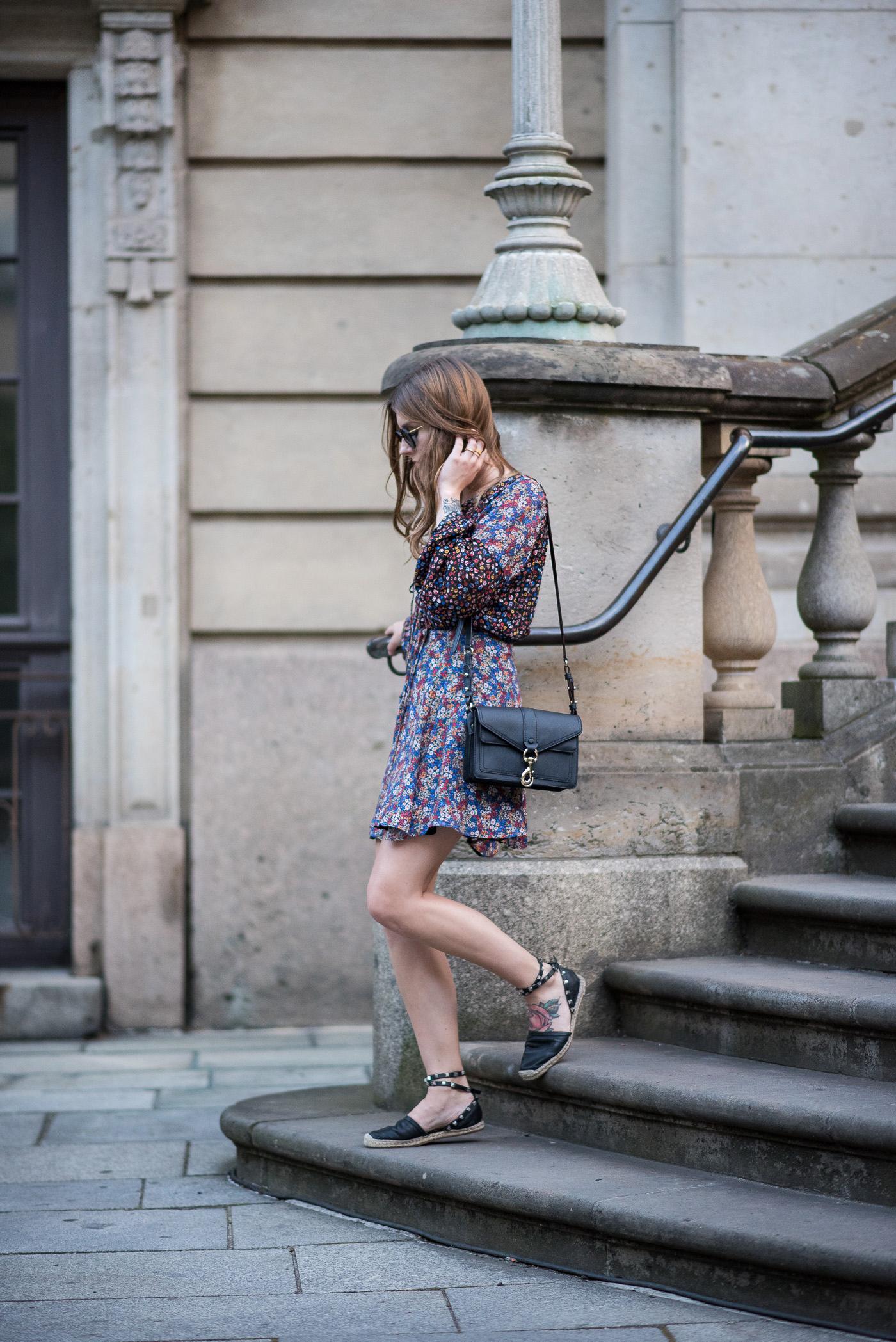 Floral_Summer_Dress_Berlin_Outfit_1