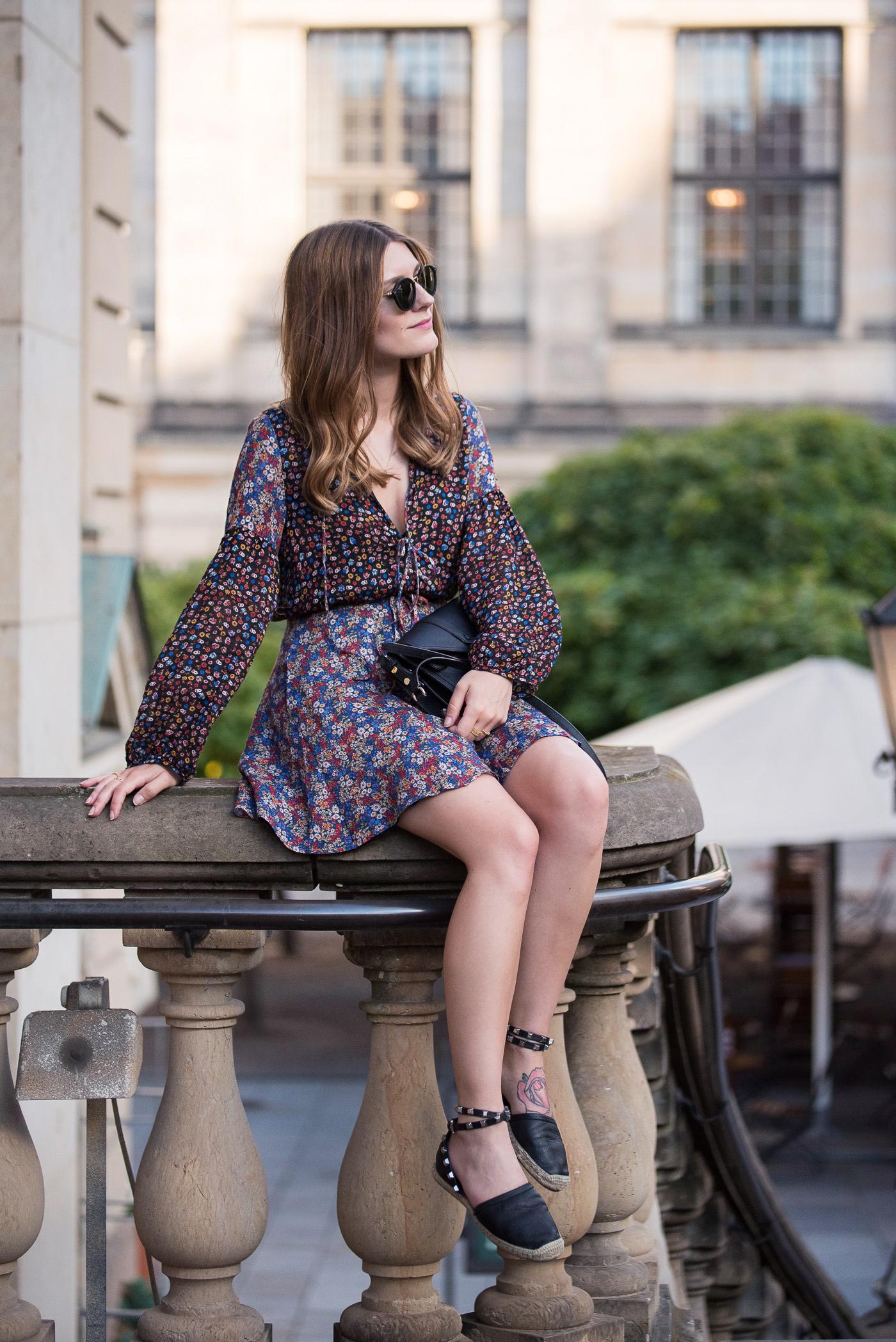 Floral_Summer_Dress_Berlin_Outfit_8