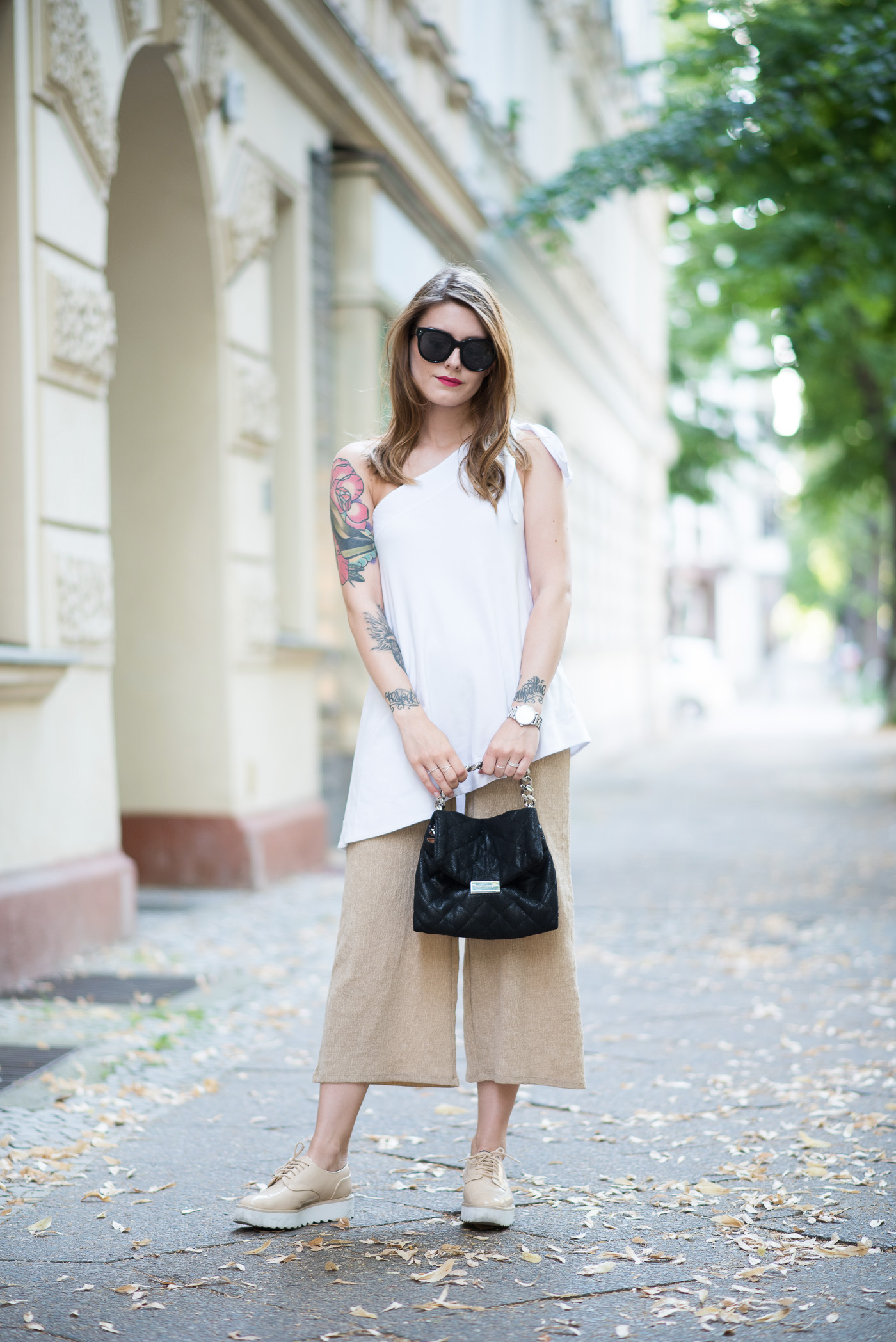 One_Shoulder_Top_Culottes_Outfit_6
