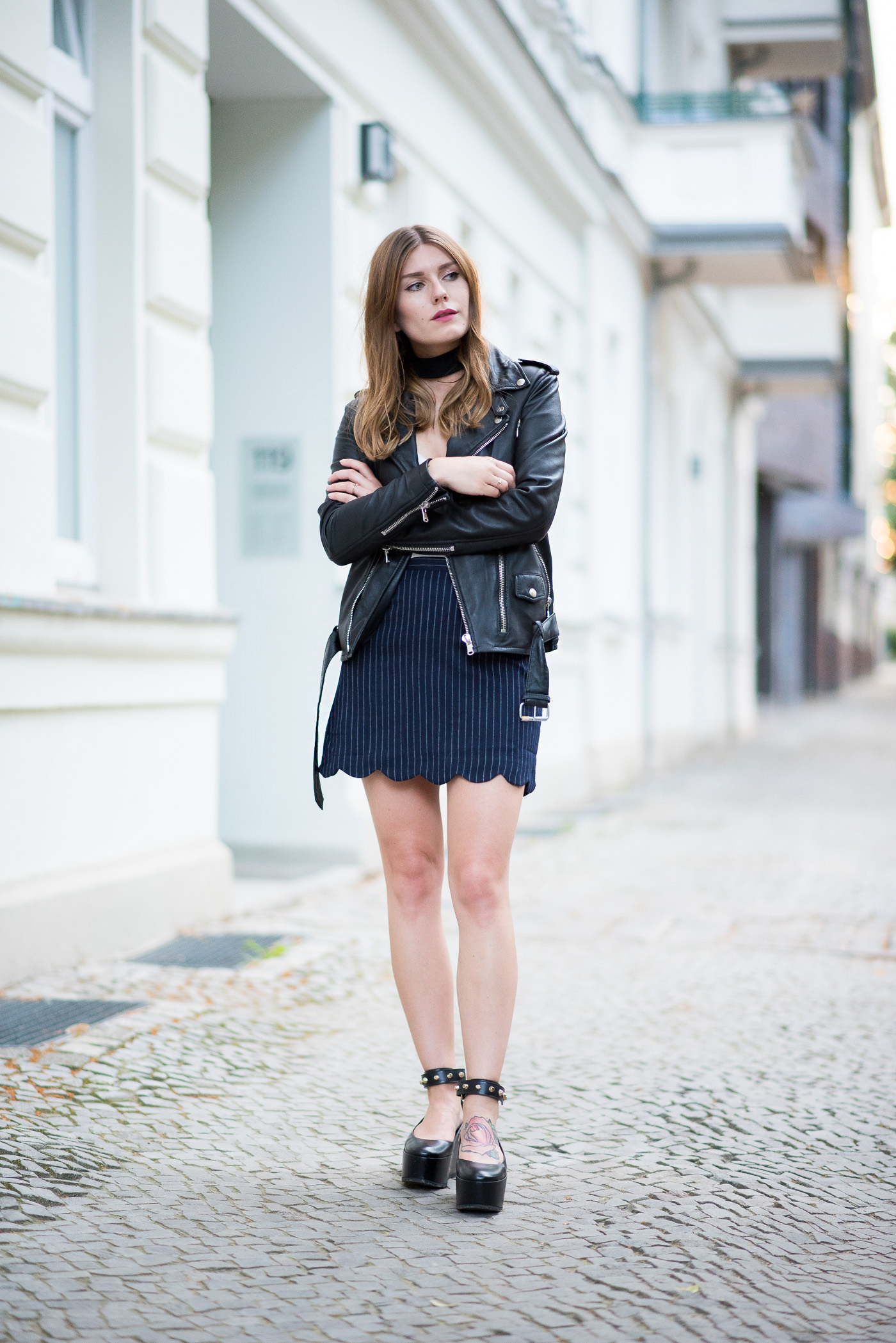 choker_and_platform_shoes_outfit_6