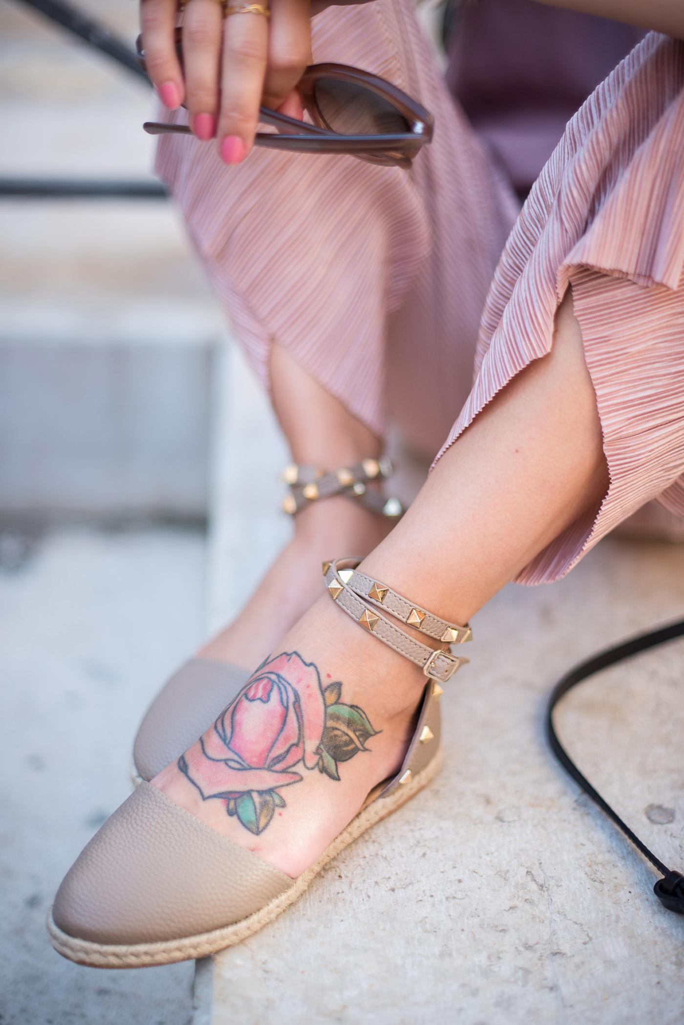 Candy_colors_culotte_outfit_in_Venezia_5