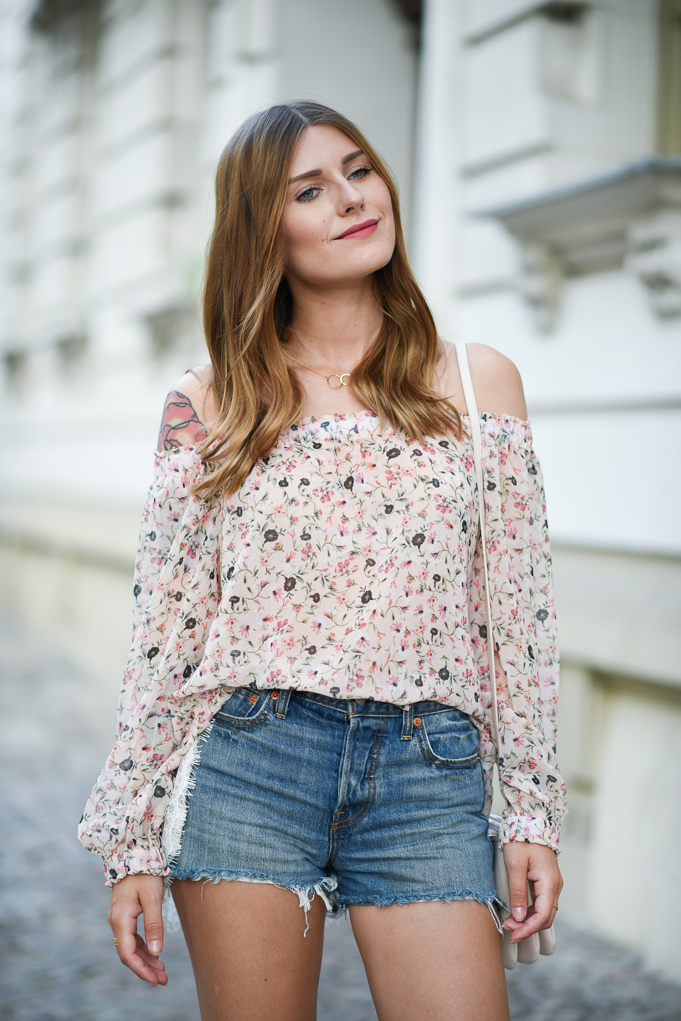 Happy_Kid_Off_Shoulder_Outfit_2