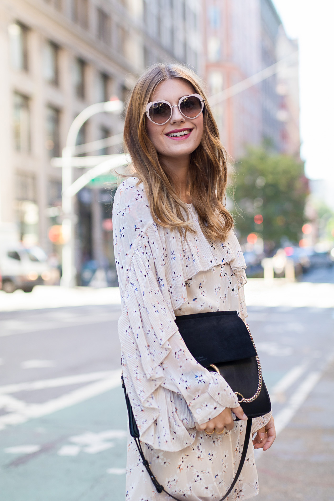 New_York_Broadway_Outfit_Ruffle_Dress_Gucci_Loafers_2