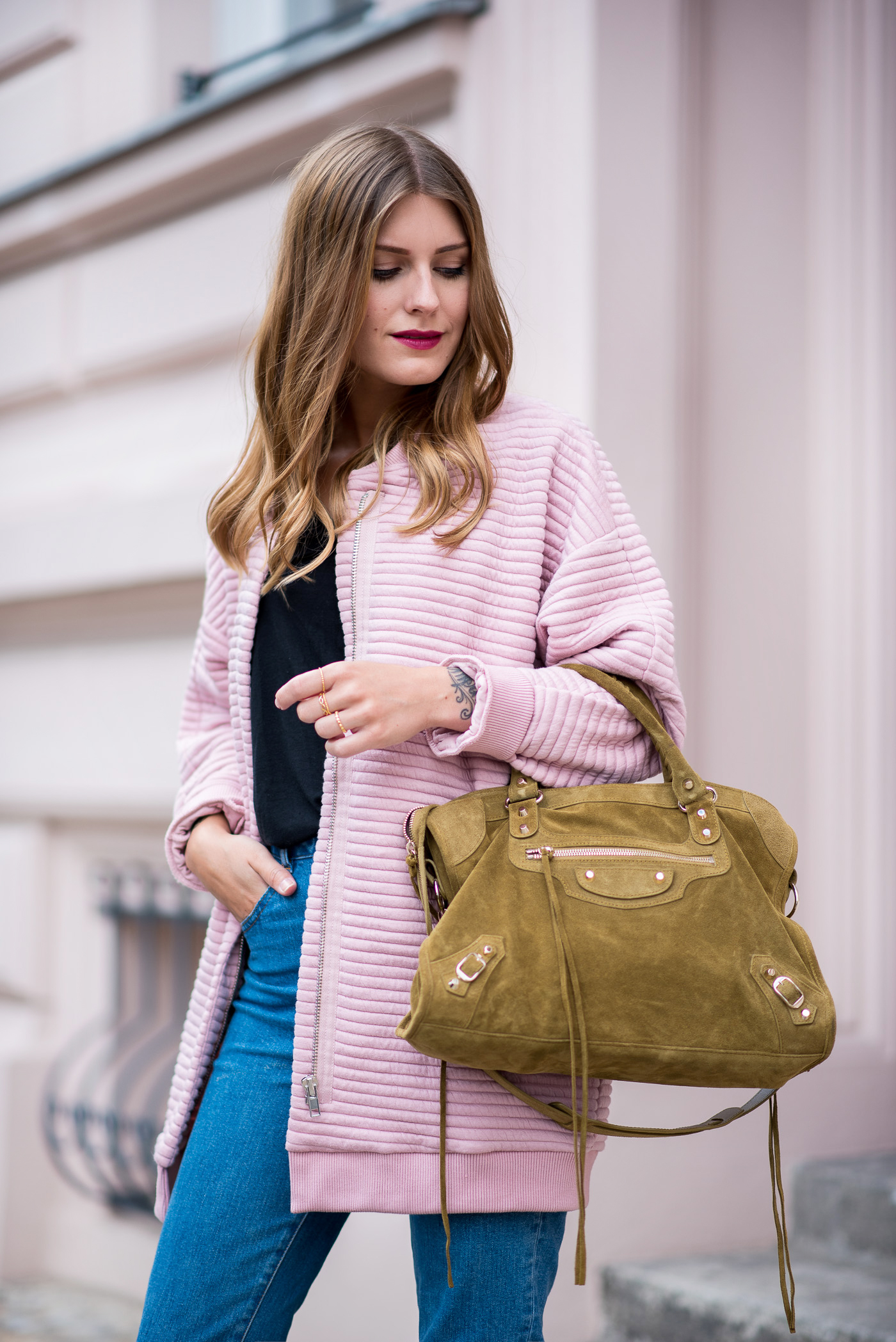 first_fall_outfit_edited_bomber_pink_2