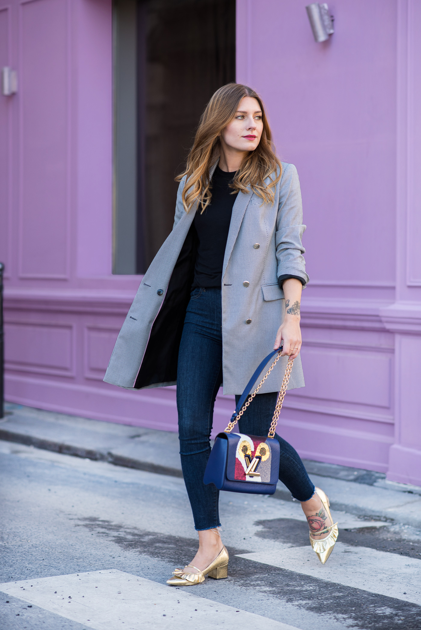 paris_pink_wall_long_blazer_4