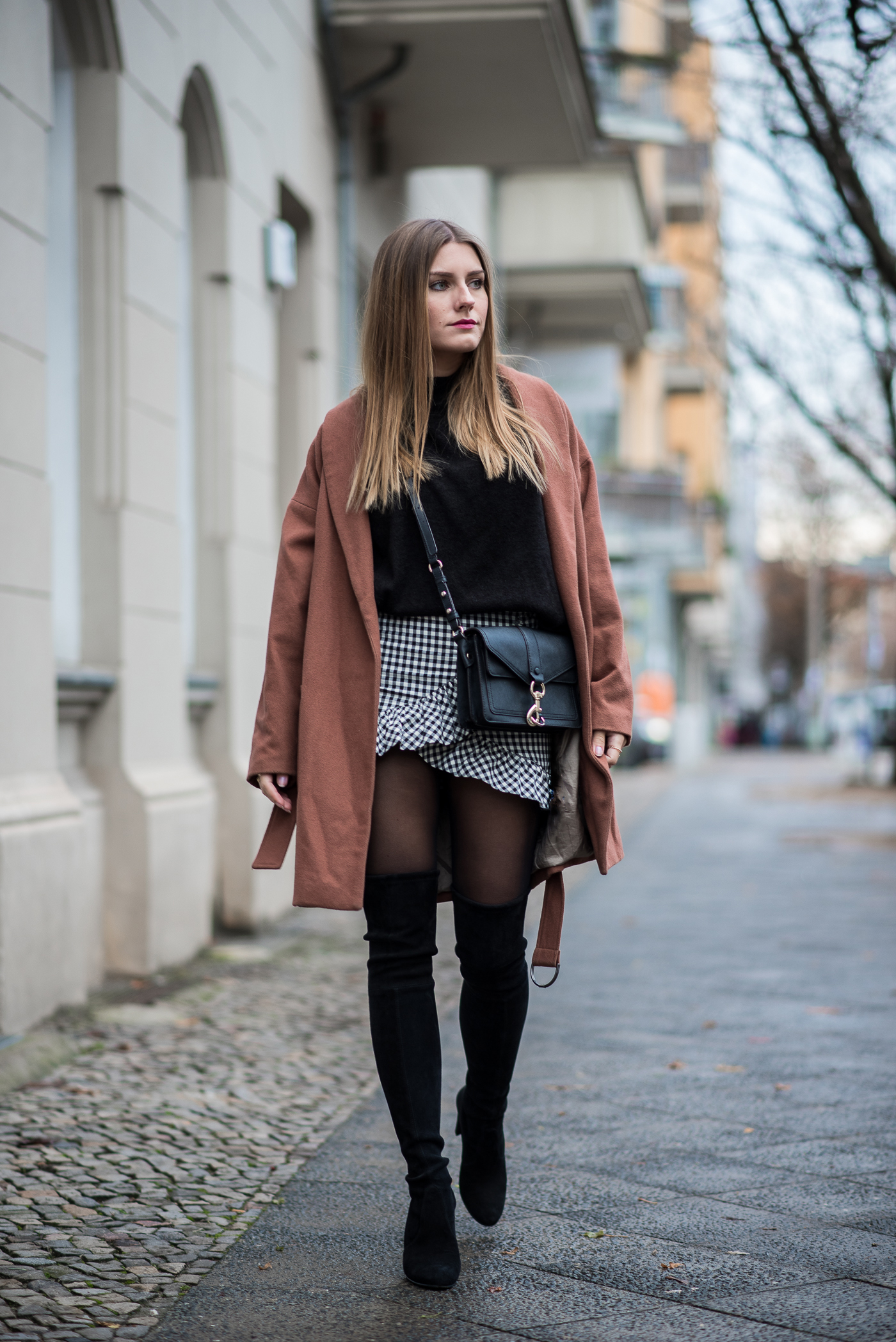 fall_outfit_overknee_boots_8